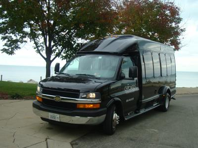 limousine 14 Pass Limo Bus exterior image